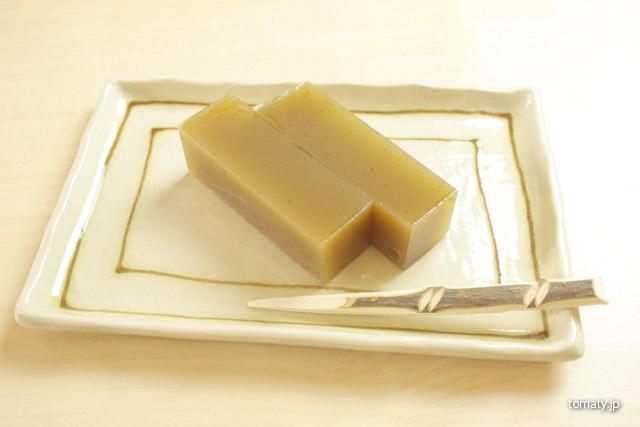 ほっぺた落ちちゃう!長野県の桜井甘精堂の純栗ようかんを食べてみた