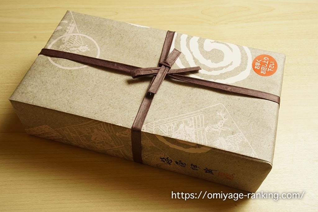 京都のお土産_笹屋伊織のつるし柿 外箱